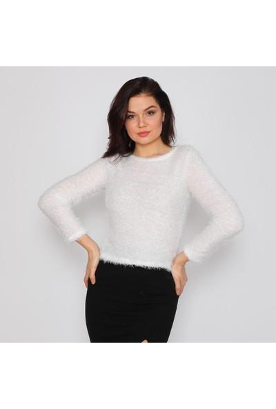 Next Trend Beyaz Düsük Omuz Tüylü Sakalli Triko Kazak Next3543