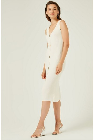 Join Us V Yaka Kolsuz Süs Düğmeli Triko Elbise