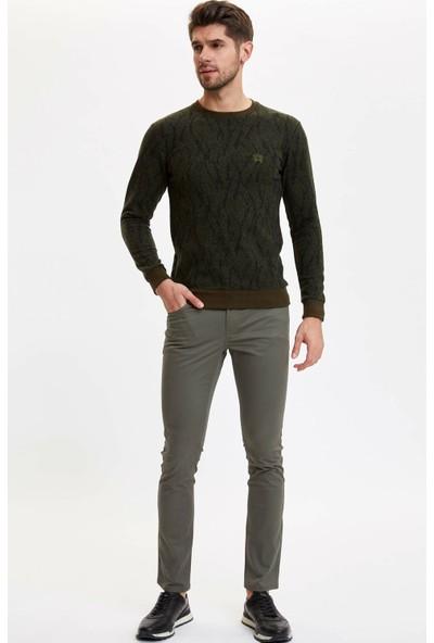 Defacto Erkek Jakar Desenli Regular Fit Sweatshirt