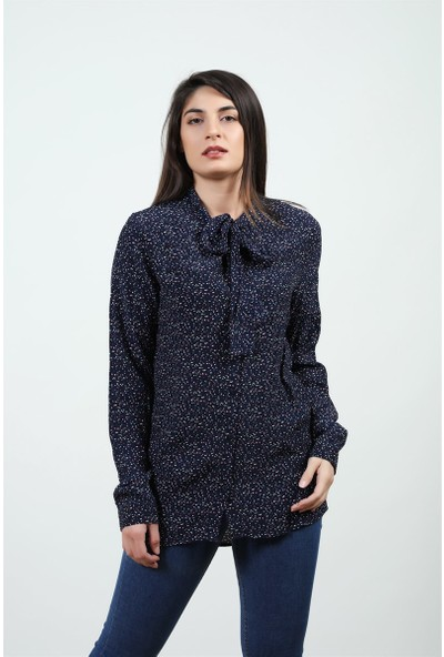 Konilya Fular Yaka Gömlek Lacivert
