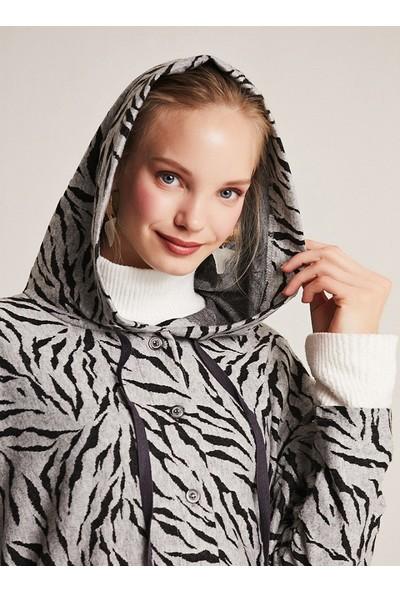 Muni Muni Kadın Tesettür Doğal Kumaşlı Kapüşonlu Tunik