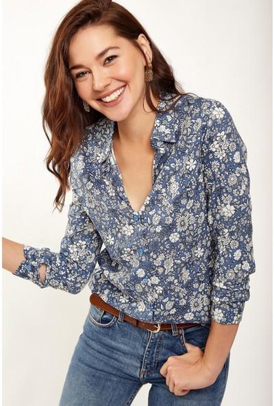 New Laviva Uzun Kollu Çiçek Desenli Mavi Kadın Gömlek