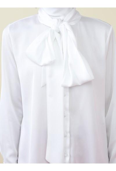 Nihan Peker X Modanisa Kadın Yakası Bağlamalı Gömlek
