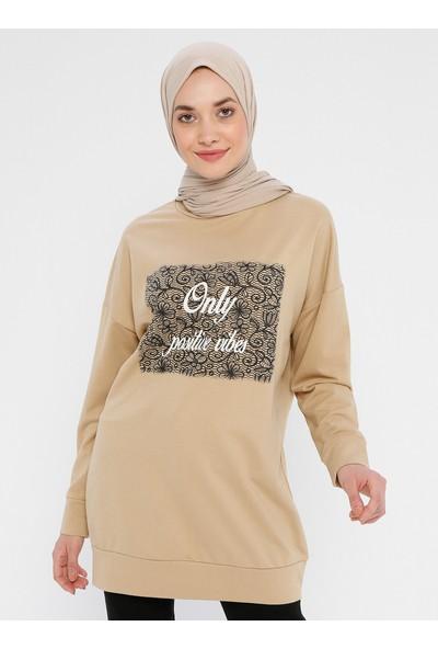 Laruj Baskı Detaylı Kadın Sweatshirtshirt Camel