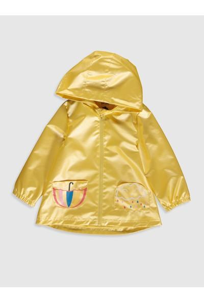 LC Waikiki Kız Bebek Yağmurluk