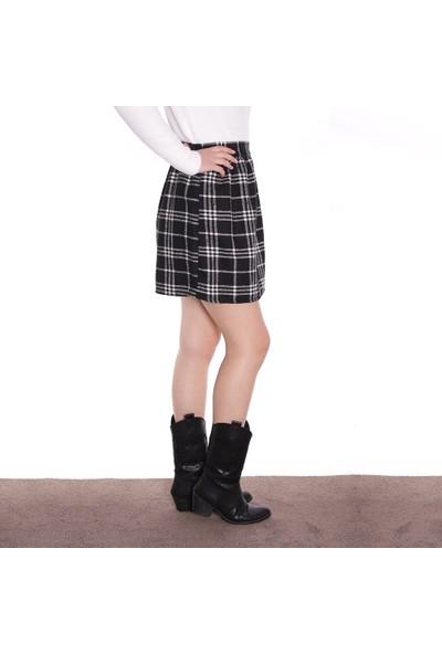 Thanners Kadın Kareli Etek Siyah 29W20000015