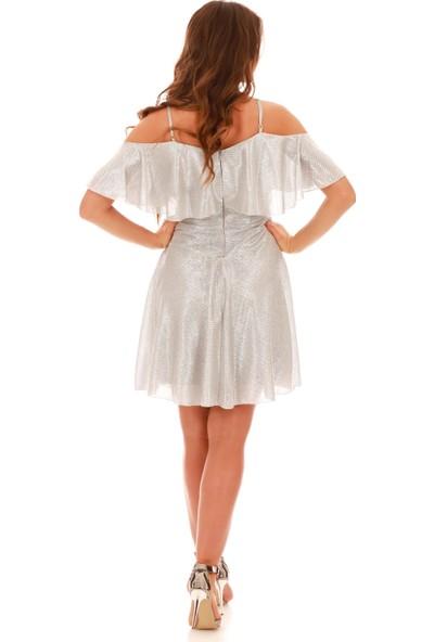 Carmen Gümüş Simli Düşük Kollu Askılı Kısa Abiye Elbise