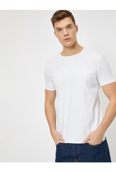 Koton Erkek Bisiklet Yaka T-Shirt
