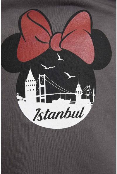 Defacto Kadın Mickey Mouse Lisanslı Sweatshirt