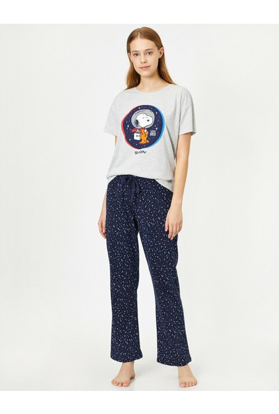 Koton Snoopy Lisansli Yazılı Baskılı Pijama Takimi