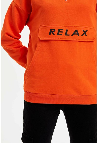 DeFacto Kadın Baskılı Kanguru Cepli Kapüşonlu Sweatshirt