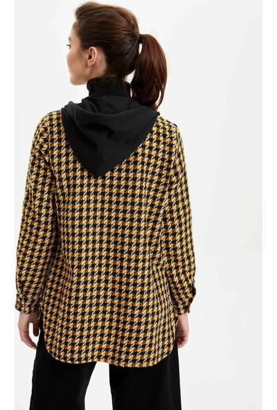 DeFacto Kadın Kapüşonlu Kareli Uzun Kollu Gömlek