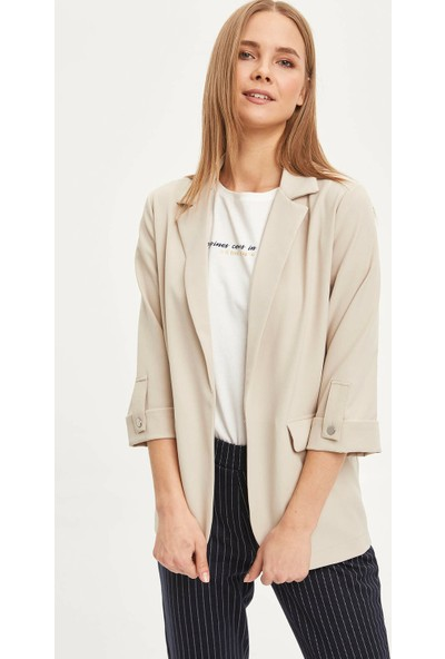 DeFacto Kadın Regular Fit Basic Blazer Ceket