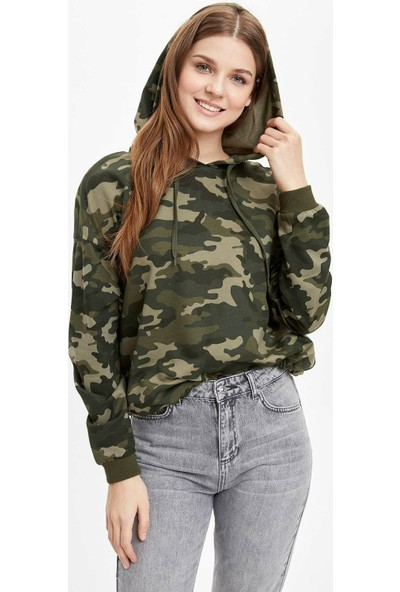 DeFacto Kadın Relax Fit Kamuflaj Baskılı Sweatshirt