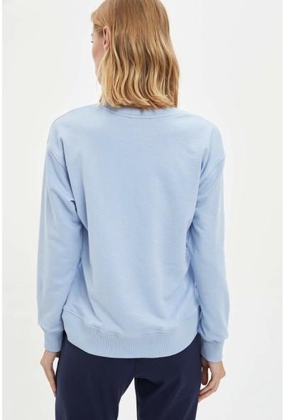 DeFacto Kadın Yarım Düşük Omuz Baskılı Sweatshirt