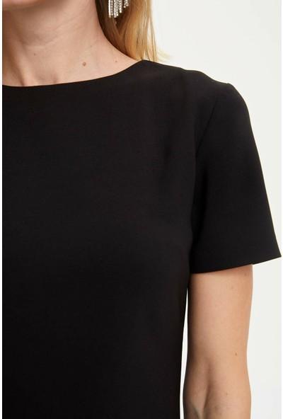 DeFacto Kadın Etek Ucu Pileli Kısa Kollu Elbise