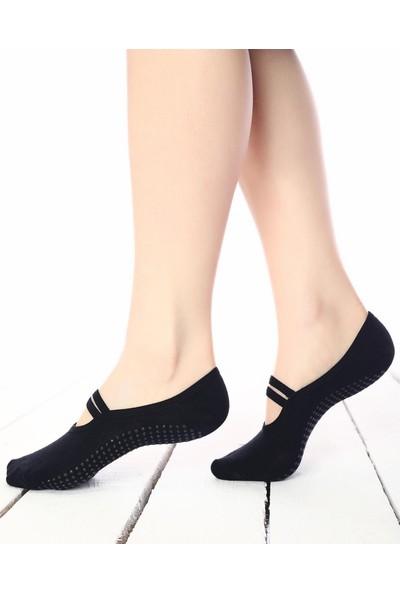 Brogetti Pilates ve Yoga Çorabı Silikon Tabanlı Siyah 36 - 40