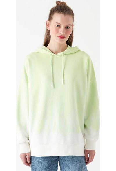 Mavi Kapüşonlu Yeşil Sweatshirt