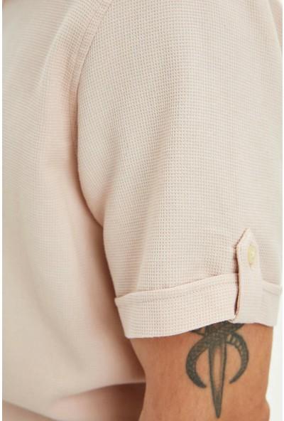 DeFacto Erkek Regular Fit Basic Kısa Kollu Gömlek