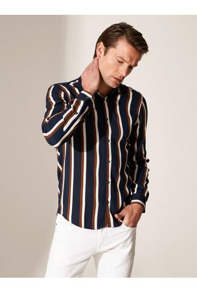 LC Waikiki Erkek Çizgili Uzun Kol Gömlek