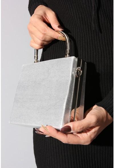 Rovigo Plus Gümüş Suni Deri Kadın Çanta