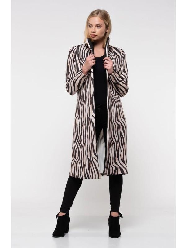 Modkofoni Kemerli Zebra Desenli Uzun Ceket
