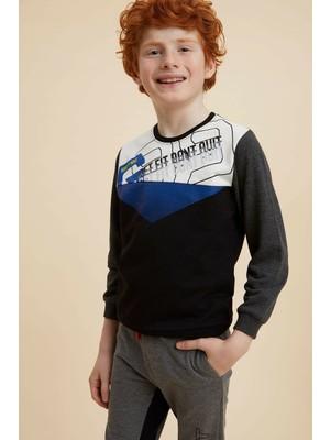 DeFacto Erkek Çocuk Regular Fit Slogan Desenli Bisiklet Yaka Cepsiz Tekli Sweatshirt N0931A620SP
