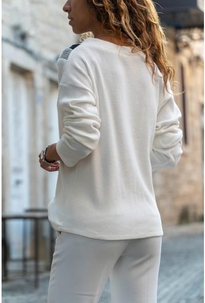 New Laviva V Yaka Uzun Kollu Yakalı Ekru Kadın Bluz