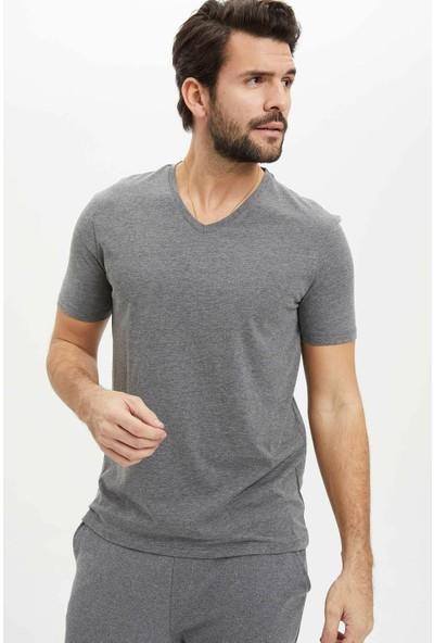 DeFacto Erkek Basic Slim Fit T-Shirt