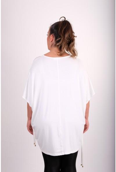 Maxlive Beyaz Kolları ve Etek ucları Detaylı Büyük Beden Bluz