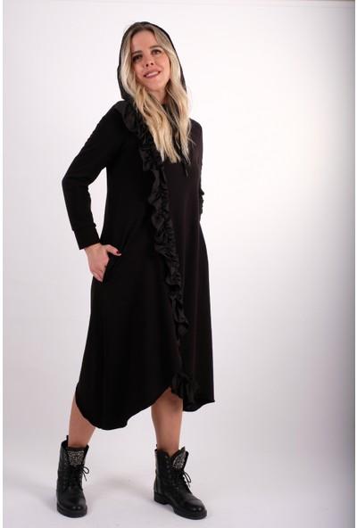 Derman Siyah Kapüşonlu Fırfır Detaylı Elbise