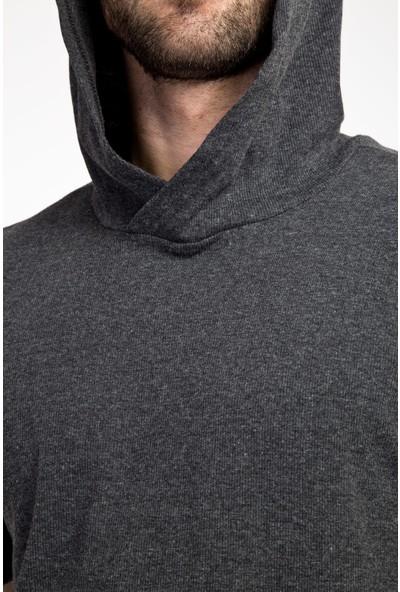Kiğılı Erkek Kapüşonlu Kısa Kol Slim Fit Sweatshirt