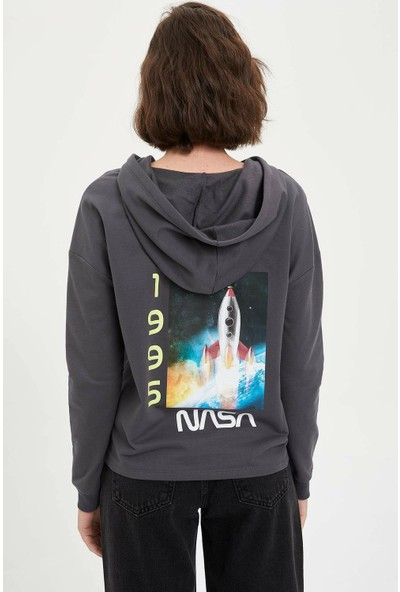DeFacto Kadın Nasa Lisanslı Sweatshirt