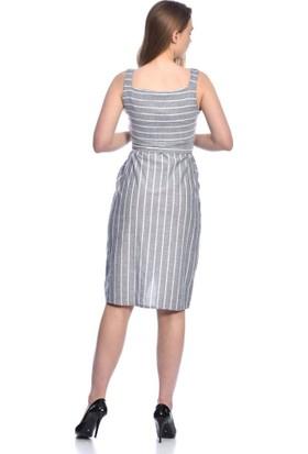 Modkofoni Askılı Göğüs Sıra Düğmeli ve Yandan Cepli Kuşaklı çizgili Gri Keten Elbise S