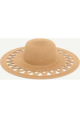 Yargıcı Kenarı Boşluklu Kaplin Şapka