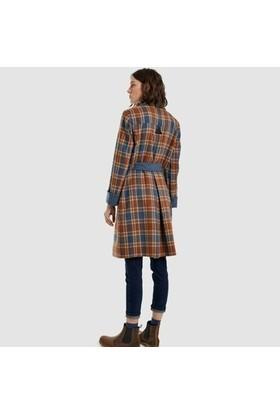 Yargıcı Kemer Detaylı Palto