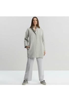 Yargıcı Dikiş Detaylı Palto
