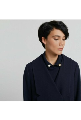 Yargıcı Nervür Detaylı Kısa Palto