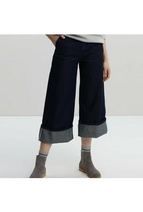Yargıcı Bol Kesim Denim Pantolon