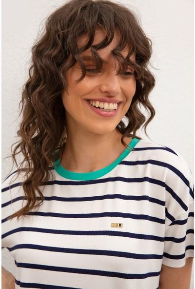 U.S. Polo Assn. Kadın T-Shirt 50218061-VR033