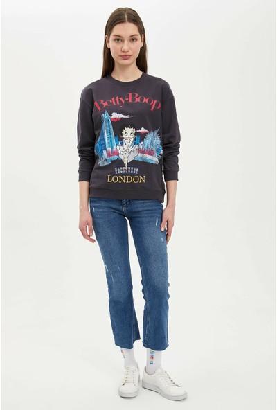 Defacto Kadın Betty Boop Lisanslı Sweatshirt