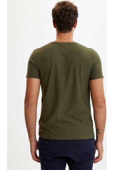 Defacto Erkek Slim Fit T-shirt