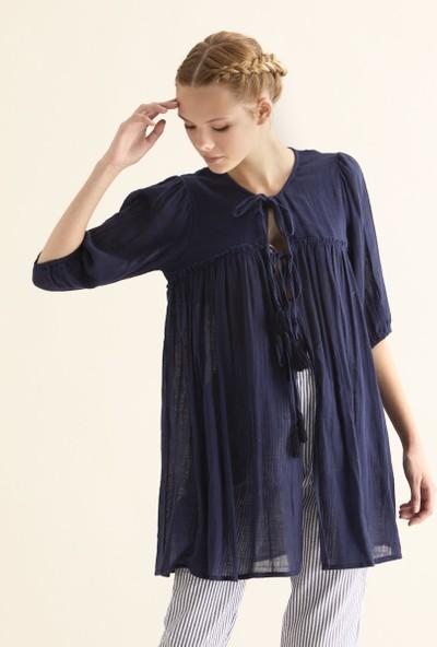 Roman Kadın Bağcık Detaylı Lacivert Kimono