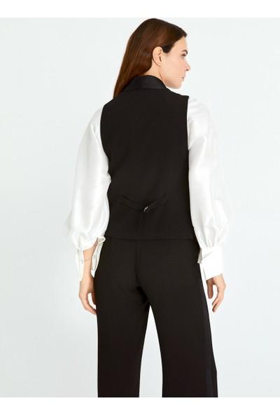 Roman Kadın Cep Detaylı Siyah Yelek-K2017005-001