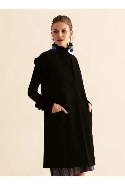 Roman Kadın Cepli Siyah Yelek-K1917009-001