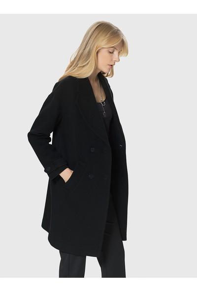 Roman Kadın Kol Detaylı Siyah Kaban-MDKBN128-001