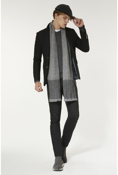 Avva Erkek Siyah Kırlangıç Yaka Armürlü Slim Fit Cebi Kapaklı Ceket A92Y4008