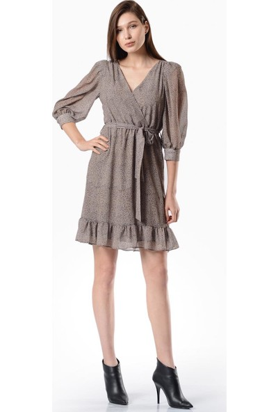 İroni Eteği Fırfırlı Bej Şifon Elbise