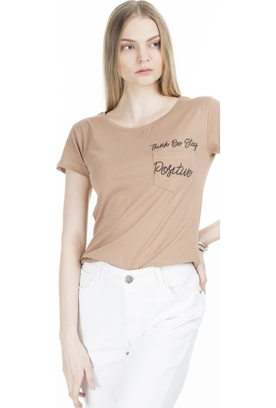 Lela Bisiklet Yaka Cep Detaylı T-Shirt Kadın T-Shirt 5411026