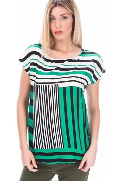 Miss Lusi 8181871 Viskon Geometrik Pano Desenli Yarasa Kol Bluz